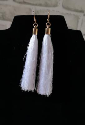 Boucles D'oreilles Pompon Blanc Grand Model